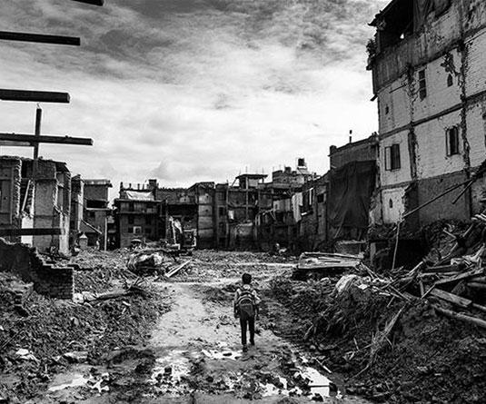 নেপাল : আশা জাগাল একটি শিশু